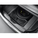 Espacio de almacenamiento bajo el suelo del maletero Peugeot 301