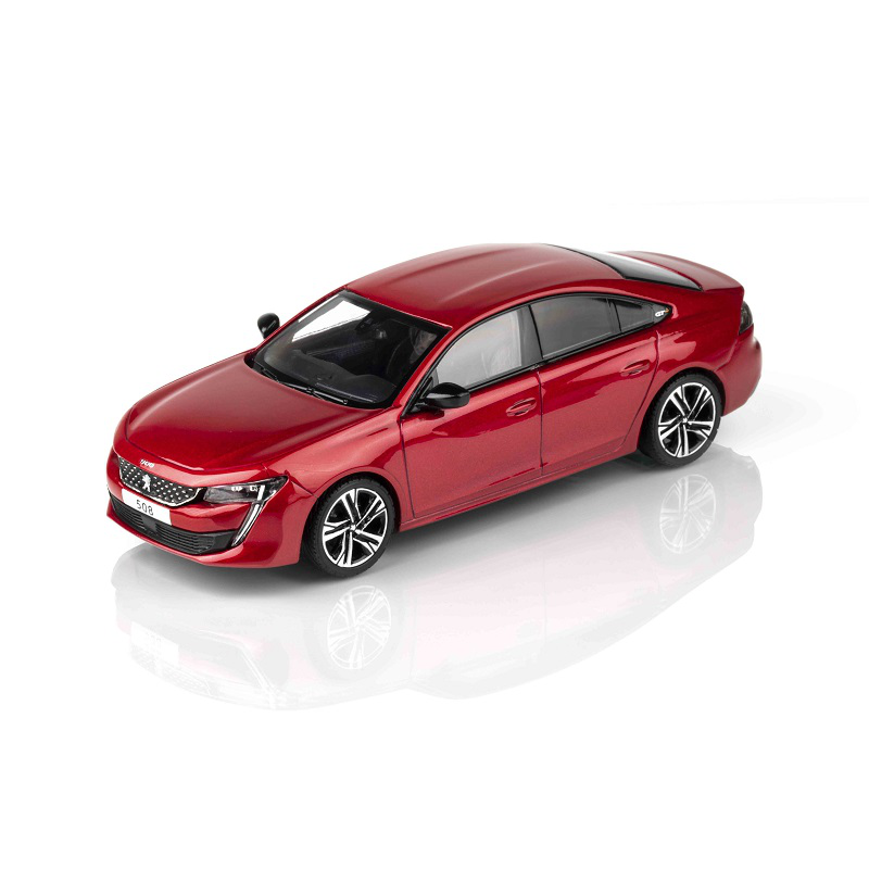 Miniatúra Peugeot 508 (R8) červená Ultimate 1:43