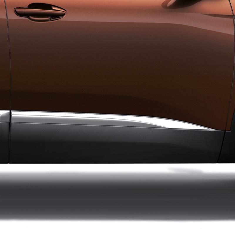 Bočné chránič predných dverí pravý CHROM Peugeot - 3008 (P84), Nová 5008 (P87)