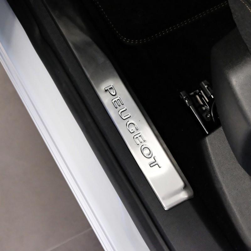 Chránič prahu ľavých predných dverí Peugeot 3008 (P84), 5008 (P87)