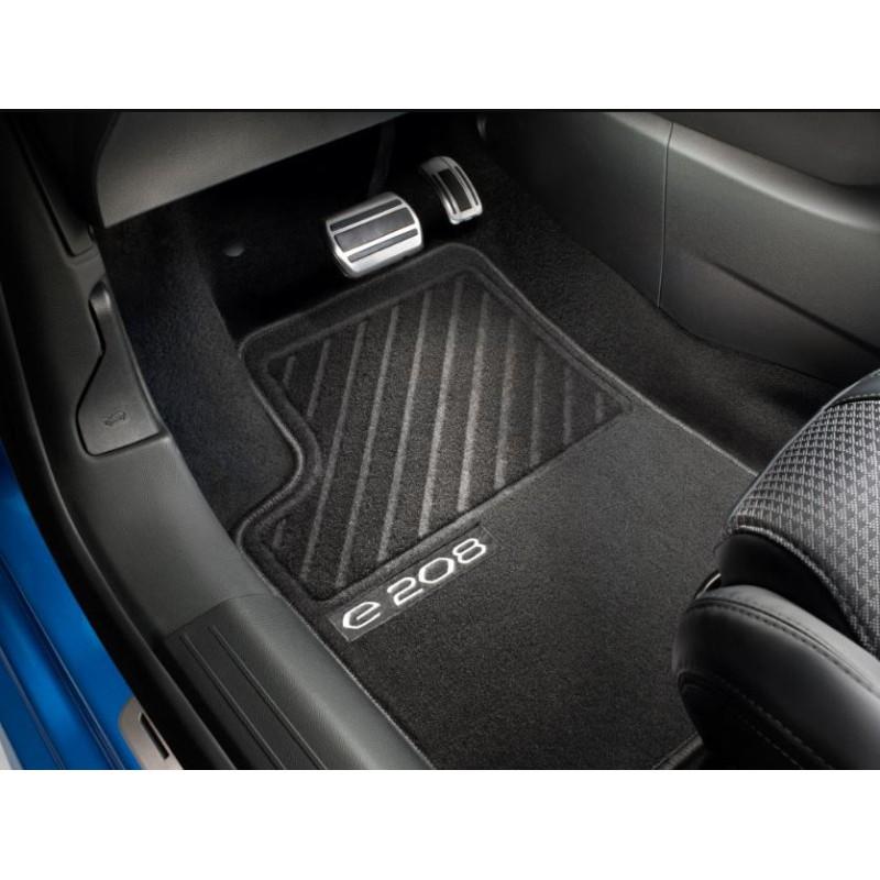Serie di tappetini in moquette agugliata Peugeot e-208 (P21)