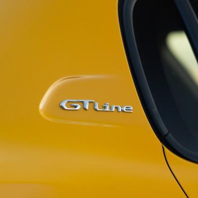 """Štítok """"GT LINE"""" pravý bok vozidla Peugeot 208 (P21)"""