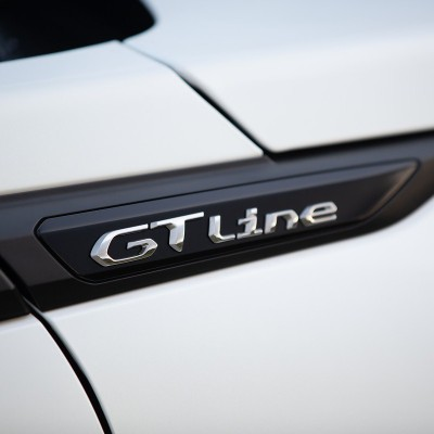 """Badge """"GT LINE"""" linke oder rechte Seite Peugeot 2008 (P24)"""