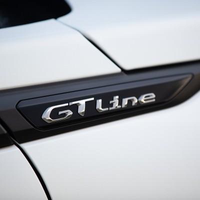 """Štítok """"GT LINE"""" ľavý alebo pravý bok vozidla Peugeot 2008 (P24)"""