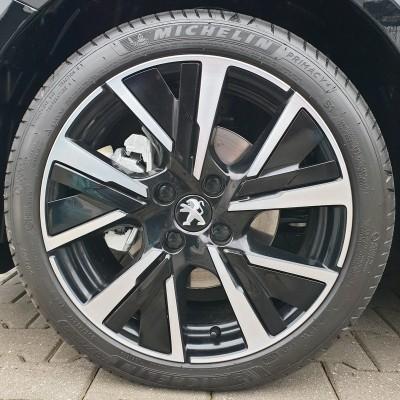 Decorative insert for alloy wheel JORDAAN Peugeot 208 (P21) - BLACK ONYX