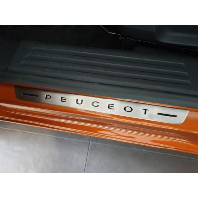 Chránič prahu predných dverí z nerezu Peugeot 2008 (P24)